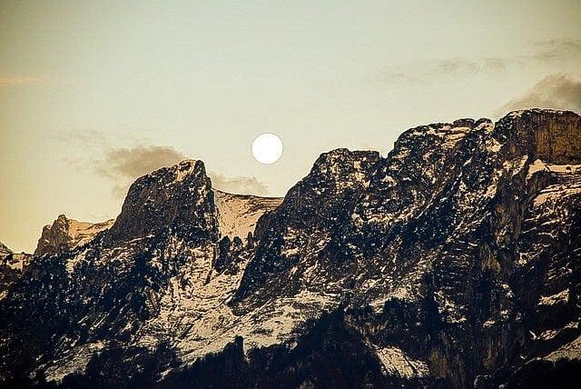 Wpływ Księżyca Na Człowieka