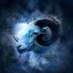 Horoskop miesięczny 4